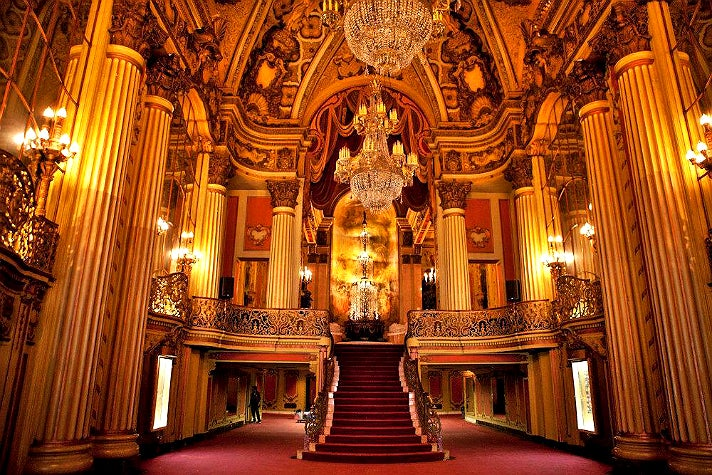 discover the historic theatres on broadway in downtown los